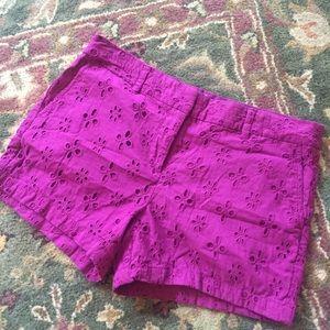 Ann Taylor Loft // eyelit Embroidered Shorts // 8